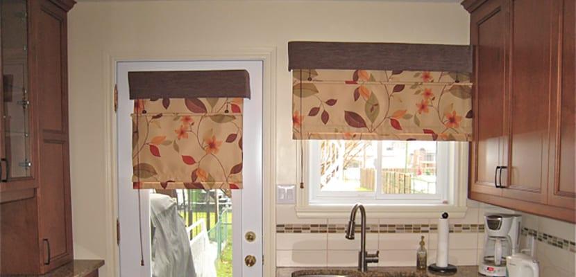 Diseños en cortinas para puertas de cocina