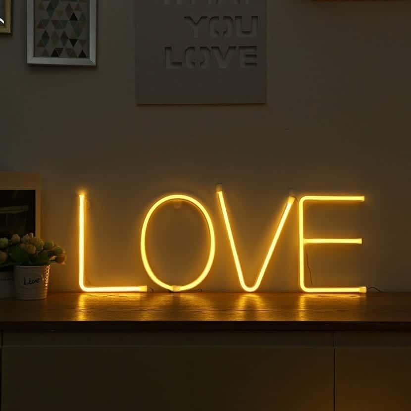 forma de neon love