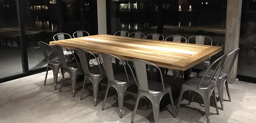 Mesa en estilo industrial