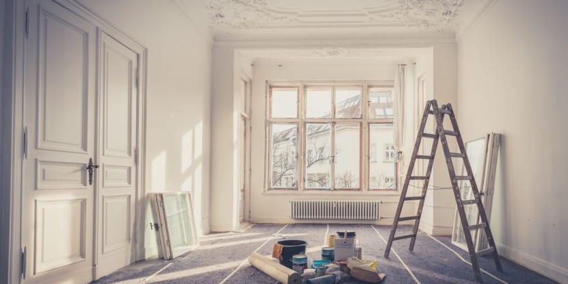 pintar las paredes para renovar el hogar