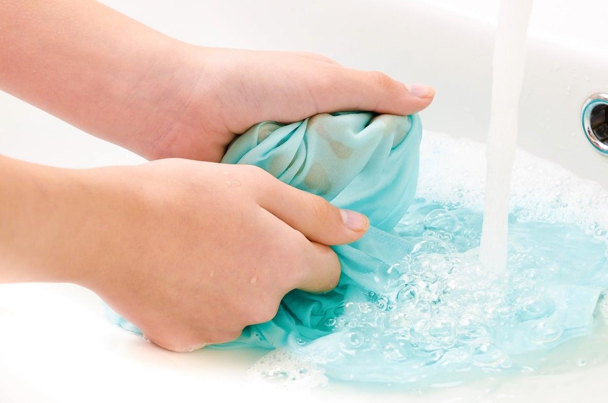 limpiar manchas con agua