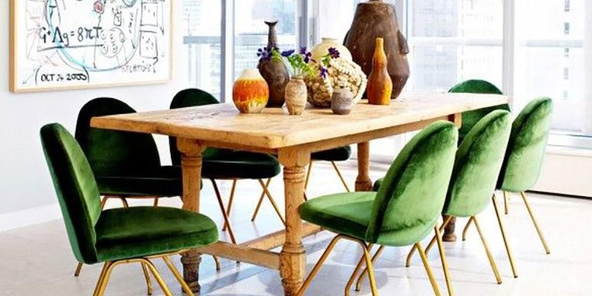 Mesa grande en comedor original