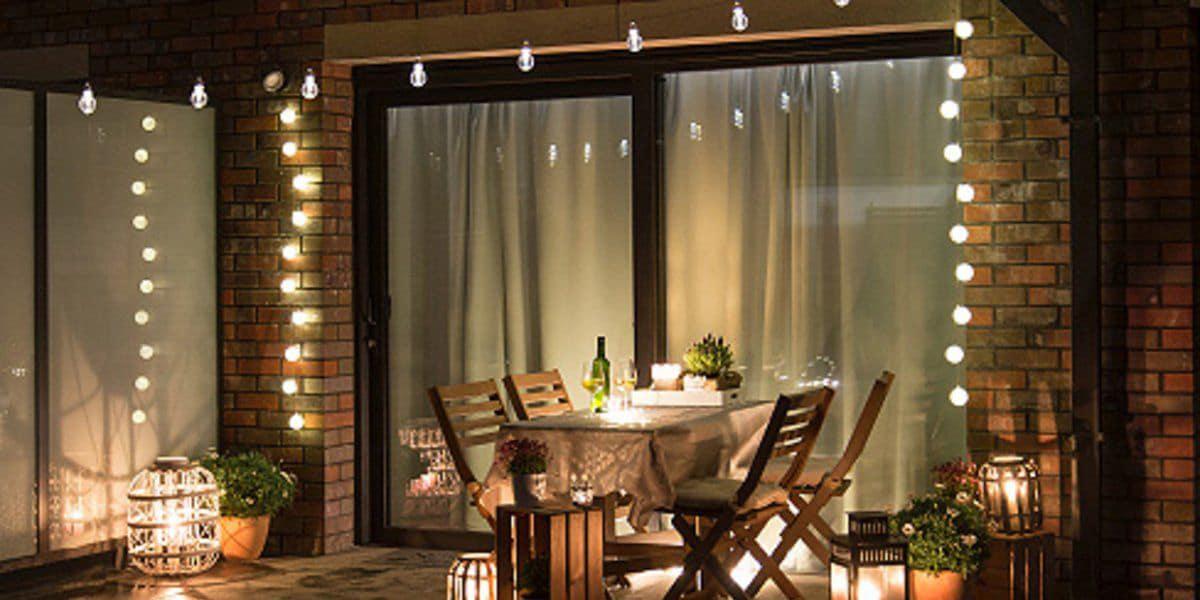 Terraza con iluminación